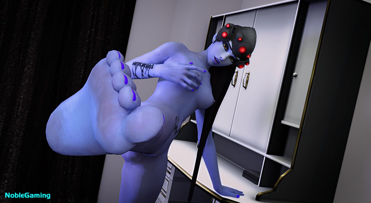 widowmaker naked